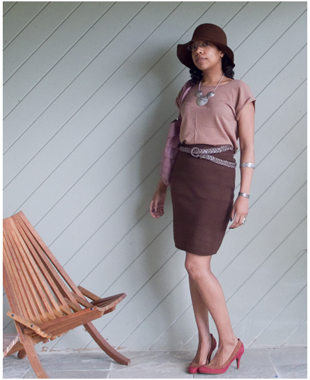 Brown knit skirt, rose knit tee, brown hat, silver necklaces, silver jewellery, nude/pink pumps, smart casual, pink bag